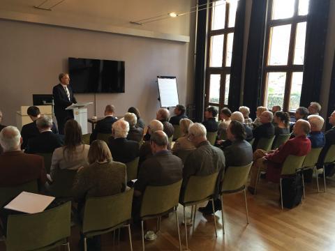 Vice-voorzitter Eelke de Jong leidde de vergadering